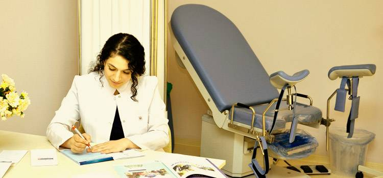 До якого лікаря звертатися при циститі у жінок