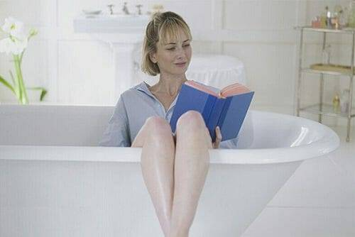 Чи можна жінці паритися в бані при циститі