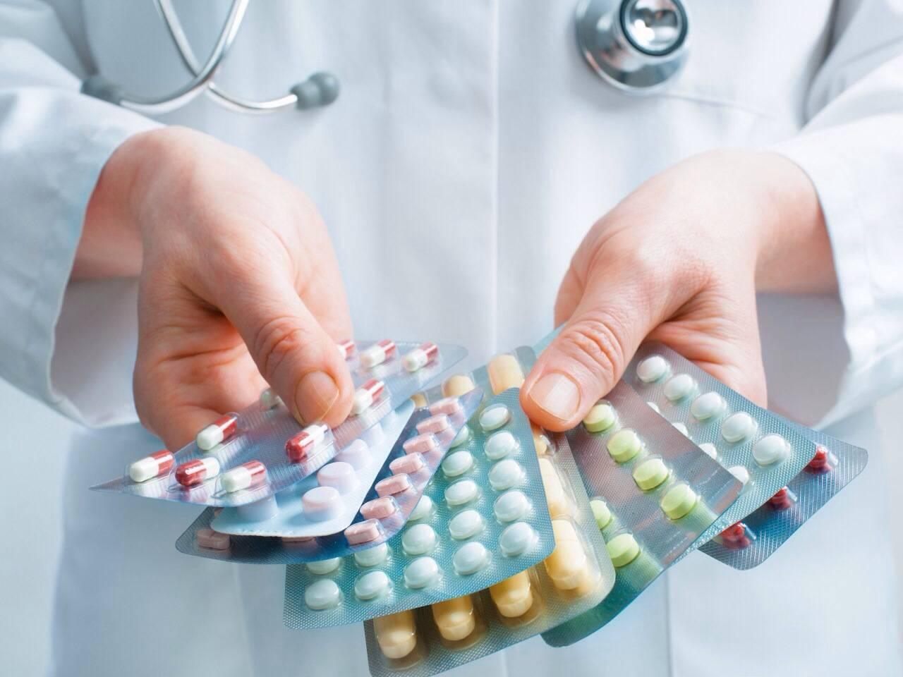 Препарати від циститу: лікування у жінок і чоловіків, недорогі та ефективні протизапальні, антибактеріальні, рослинні