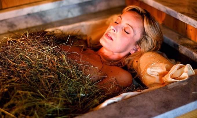 Як приймати лаврові ванночки при циститі